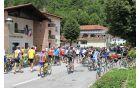 Okoli 300 kolesarjev je v družbi starodobnikov obiskalo Kobarid. Foto: N.H.I.