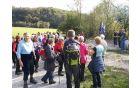 Množica domačinov in mimoidočih pohodnikov odzvala povabilu Turističenga društva Kobarid, ki je skupaj z Občino Kobarid in domačinom Vojkom Hobičem uradno otvorila novo korito v Zaročišču.