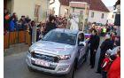 Miran Bah s sodelavci je upodobil papeža Frančiška.