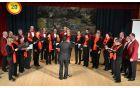 Moški zbor je zapel tudi z Ženskim pevskim zborom Danica.