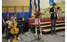 Mladi glasbeniki iz družine Čadež