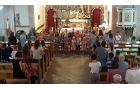 Teden, poln petja, zgodb, delavnic, katehez, iger, sv.maš, ... so otroci v družbi animatorjev zaključili s taborjenjem in skupno sveto mašo v cerkvi Marijinega vnebovzetja v Kobaridu.Foto: Nataša Hvala Ivančič