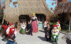 Na obisku pri Sneguljčici in sedmih palčkih