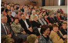 Poleg Vebra je bilo v publiki opaziti še nekaj znanih imen iz sveta politike, med drugim prvaka stranke SD Igorja Lukšiča, nekdanjega ministra Patricka Vlačiča in zakonca Bebler.