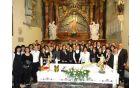 * Pevci iz Nove Cerkve (foto: Tomaž Zevnik)