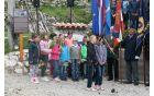 Kulturni program so sooblikovali učenci Podružnične šole Breginj, pevke iz Sedla in recitator.