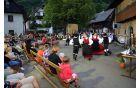 Folklorna skupina KUD Triglav Srednja vas. Foto: Mitja Sodja