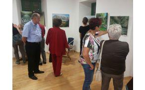 Razstavo si je z veseljem ogledal tudi kobariški župan. Foto: Nataša Hvala Ivančič