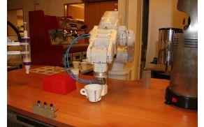 Dogodek je namenjen vsem, ki jih zanima robotika.