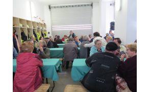Srečanje težkih invalidov in starostnikov v Gasilskem domu Pameče