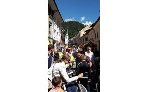 Na Šuštarski nedelji je bilo živahno na tržiških ulicah