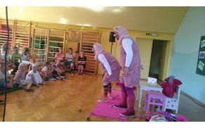 Predstava Trije prašički, Lutkovnega gledališča Velenje