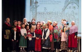 društvo žensk Žbrinca Opatje selo ( foto: Bonaventura, Primorski dnevnik)