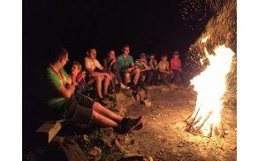 Večer ob ognju (foto: Nina Dodič)