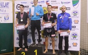 Finalisti Kick light -74 kg (na desni Blaž Pečnik)