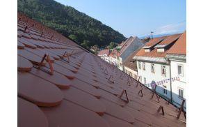 Občinska stavba z novo streho