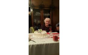 Marija Udovč je praznovala visoki jubilej v družbi domačih (foto: Neža Plut).