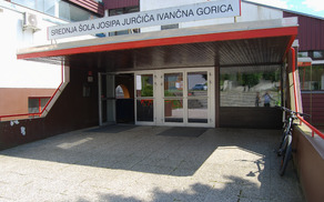 Glavni vhod v šolo