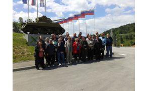 """""""Gasilska"""" pred Parkom vojaške zgodovine Pivka"""