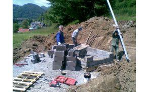 Gradnja je v polnem  zamahu