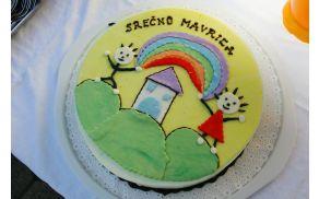 Torta ob otvoritvi Vrtca Mavrica
