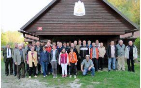 Člani in gosti na občnem zboru RD Mura Plaoma 2014
