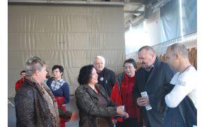 Koordinatorica tekmovanja Brigita Čeh v pogovoru z županom Občine Vransko Francem Sušnikom