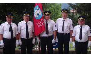 Praporščaki Društva invalidov Slovenj Gradec
