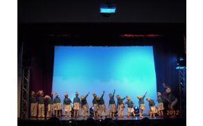 Smrkci - ples najmlajših vrtca Vojnik in Šoštanj