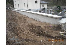 Obnova pokopališkega zidu v Kokri
