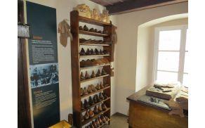 Prenovljena razstava čevljarske zbirke Tržiški šuštarji