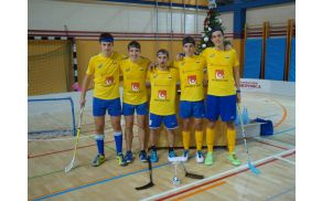 1_floorball_02.jpg