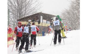 Tekma v Kalu nad Kanalom je privabila 50 tekmovalcev. Številka bi bila večja, če jim ne bi ponagajalo vreme. Foto: Nataša Bucik Ozebek
