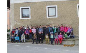 Naša skupinska fotografija