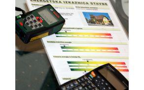 Oprema za meritve ne zajema IR-termokamere, kot so marsikoga zmedli s sliko v članku Slovenskih novic.