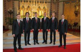 *In spiritu ponosno predstavlja slovensko pesem tudi izven naših meja.