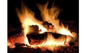 1_ogenj.jpg