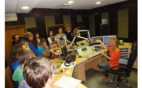 Na Koroškem radiu so spoznali poklic radijskega napovedovalca in radijskega tehnika,