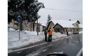 Čiščenje snega v Žužemberku