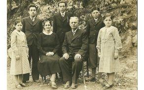 Družina Judnič(z leve):hčerka Anica Judnič(poročena Mrvar), sin Stane,mama Marija, sin Jože, obratovodja Jože Judnič,  sin France, hčerka Mimica