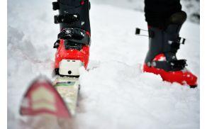 Smučarski sejem Snežinka ponuja veliko rabljene in nove smučarske opreme.