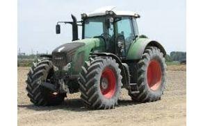 1_traktor.jpg