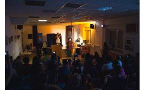 Zaključni nastop plesalcev Mladinskega centra Mengeš, foto Anže Lustek