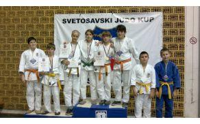 Mladi judositi Judo kluba Acron Slovenj Gradec na turnirju v Srbiji