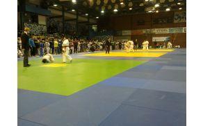 Državno prvenstvo U14 in U18 v Športni dvorani Slovenj Gradec