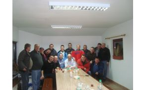 Zbrani bivši delavci
