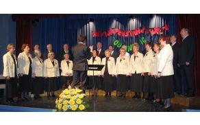 Iz lanskoletne revije pevskih zborov