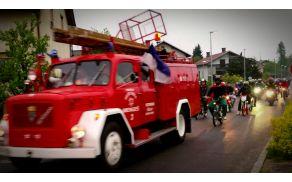 Tudi gasilski tovornjak ni manjkal...