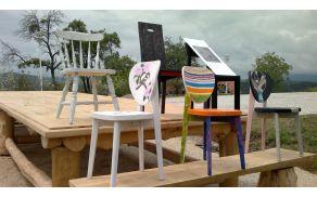 Umetniški stoli razstave razstavi ob poti Duš in prijateljstva