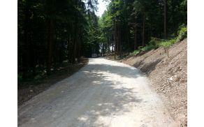 Občina Lukovica si prizadeva za vsakoletno obnovo, preplastenje ali izgradnjo nove občinske ceste poleg rednih investicijsko vzdrževalnih del.